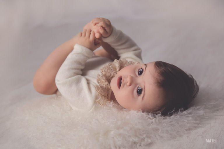 fotografo de bebes en lugo sesion fotografica en estudio