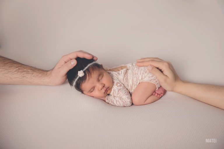 sesion de recien newborn nacido en estudio propio lugo